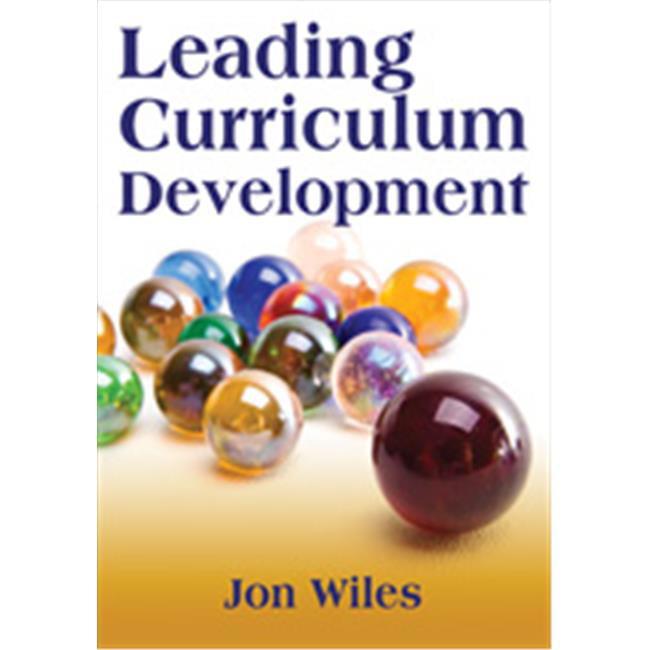 Leading Curriculum Development, Paperback - image 1 de 1