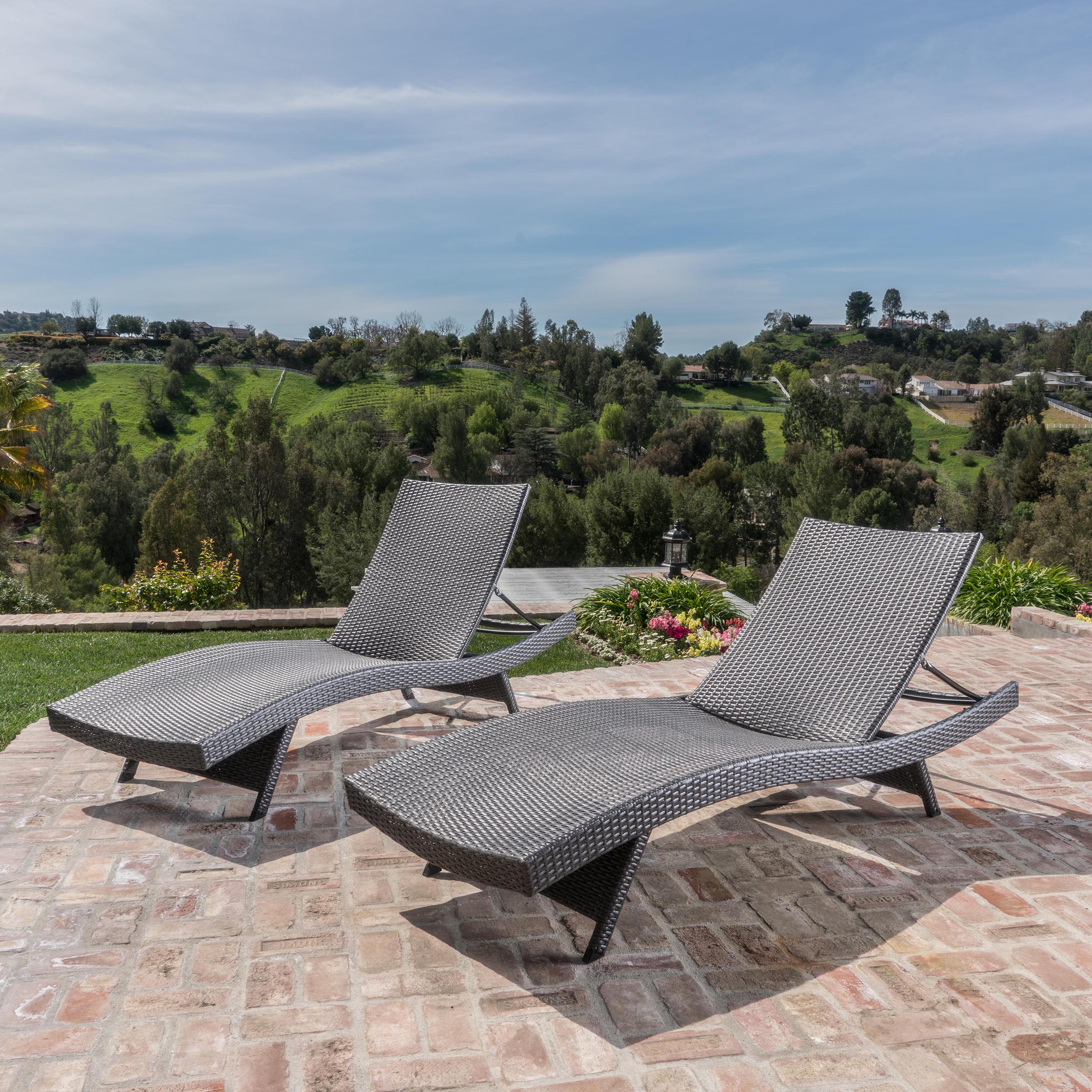 Charmant Outdoor Wicker Chaise Lounge Chairs, Set Of 2, Grey