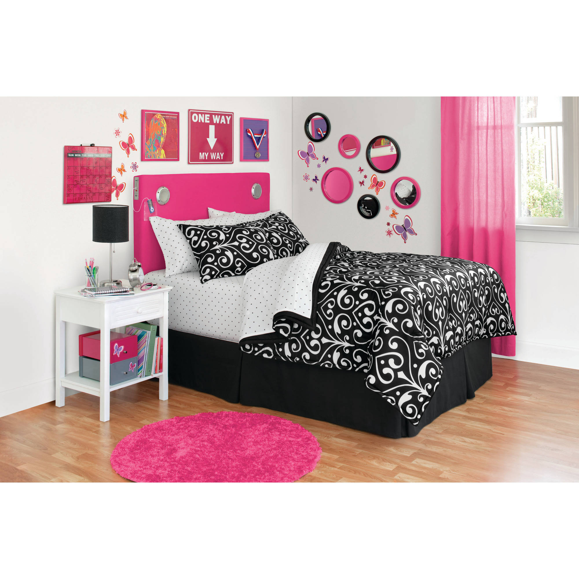 your zone reversible bedding set, dot damask/black and white dot