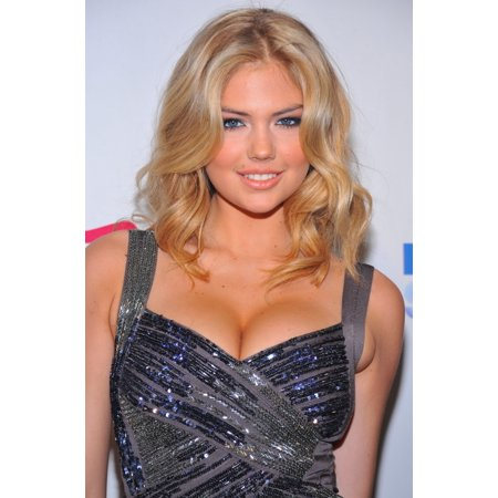 Kate Upton At Arrivals For Sports Illustrated 2011 Swimsuit Issue Launch Party Pranna New York Ny February 15 2011 Photo By Gregorio T Binuyaeverett Collection Photo Print