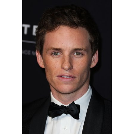 Eddie Redmayne At Arrivals For 2014 Bafta Los Angeles Jaguar Britannia Awards Presented By Bbc America And United Airlines Canvas Art     16 X 20