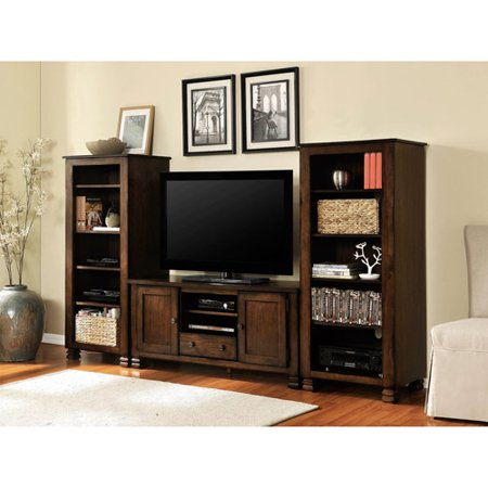 Summit Mountain Living Room Furniture Collection