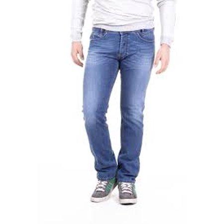 a5256358 Diesel Men's IAKOP Slim-fit Denim Jean 0RQ20 - Walmart.com