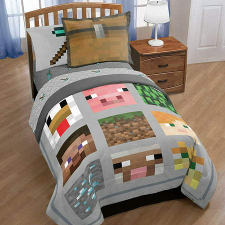 Minecraft® Gray Quilt (Full/Queen) 3pc