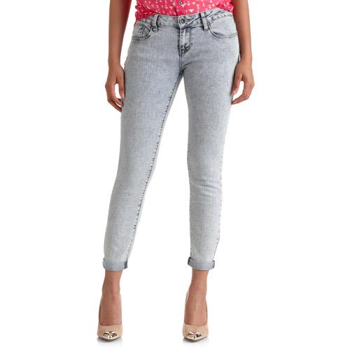 Red Rivet Juniors Chemical Wash Jeans