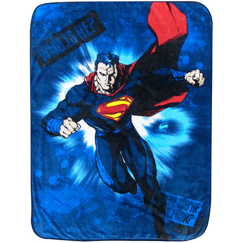 "Superman 46"" x 60"" Throw"