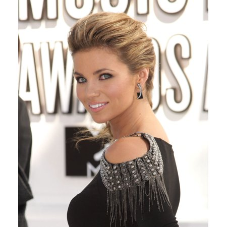 Amber Lancaster At Arrivals For 2010 Mtv Video Music Awards VmaS - Arrivals - No US Print Usage Until 9162010 Nokia Theatre LA Live Los Angeles Ca September 12 2010 Photo By Adam OrchonEverett Collect