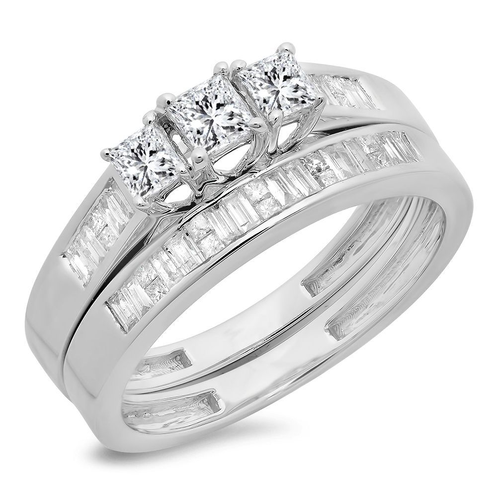 0.90 Carat (ctw) 14K Gold Princess & Baguette Cut Diamond Ladies Bridal 3 Stone Engagement Ring Band Set