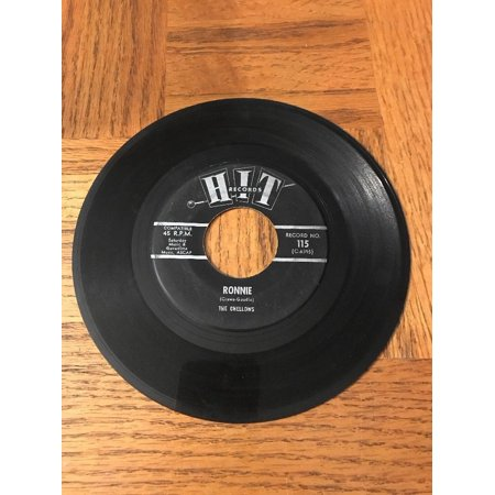 The Roamers/ The Chellows 45 Record - Custom 45 Records