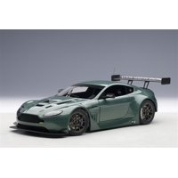 2013 Aston Martin Vantage V12 GT3 Green 1/18 Model Car by Autoart