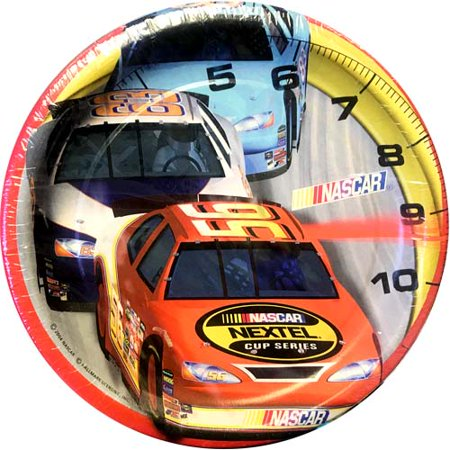 NASCAR 'On Track' Large Paper Plates (8ct)