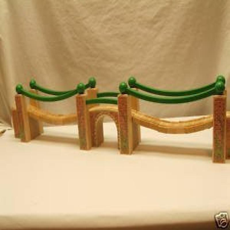 Thomas the Tank Engine & Friends Wooden Railway Suspension Bridge LC99325 by