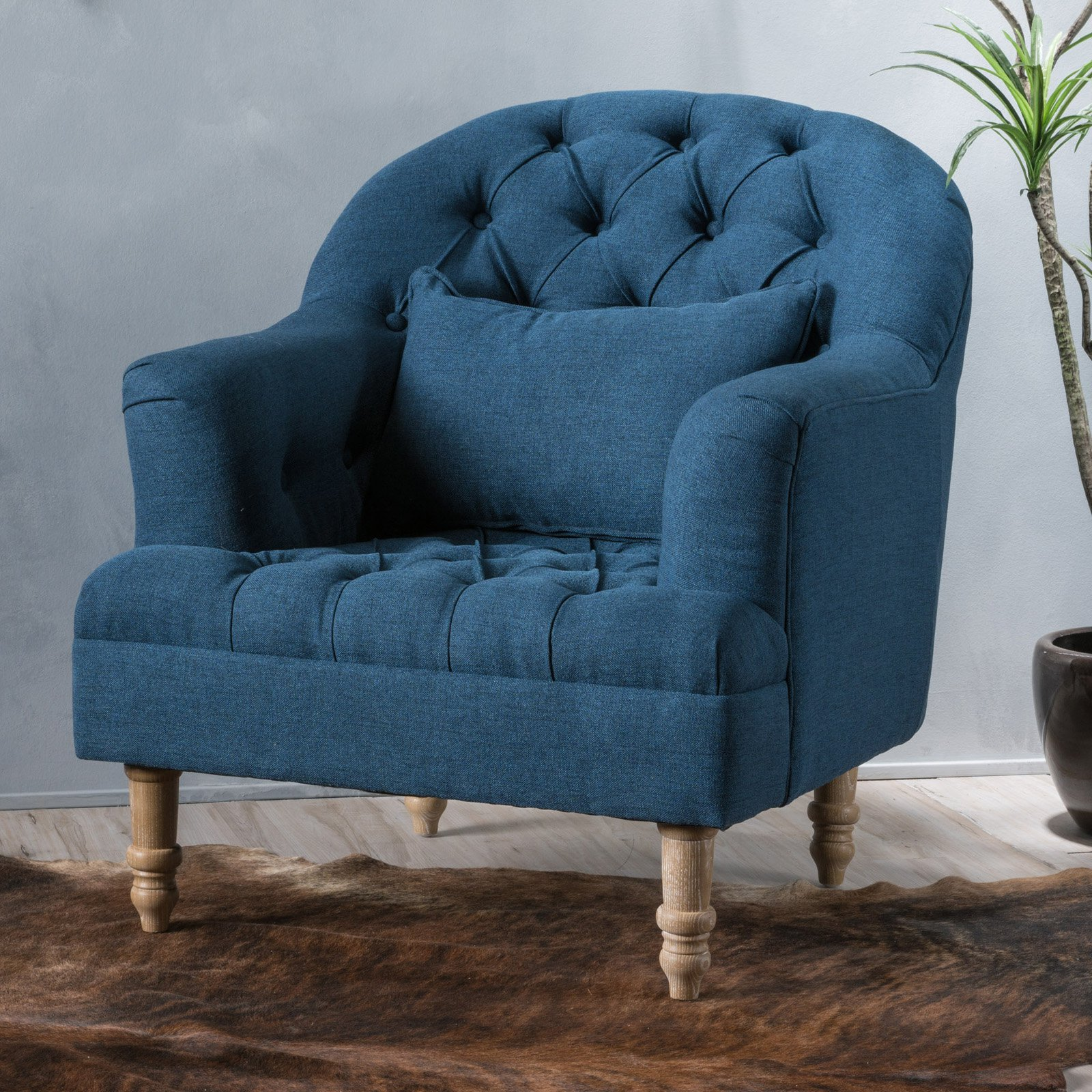 Dolores Fabric Tufted Club Chair