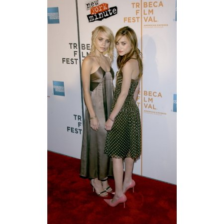 Actresses Mary Kate And Ashley Olsen Attend The Premiere Of New York Minute At The Tribeca Performing Arts Center On May 4 2004 During The Tribeca Film Festival In New York Celebrity - Halloween Mary Kate And Ashley