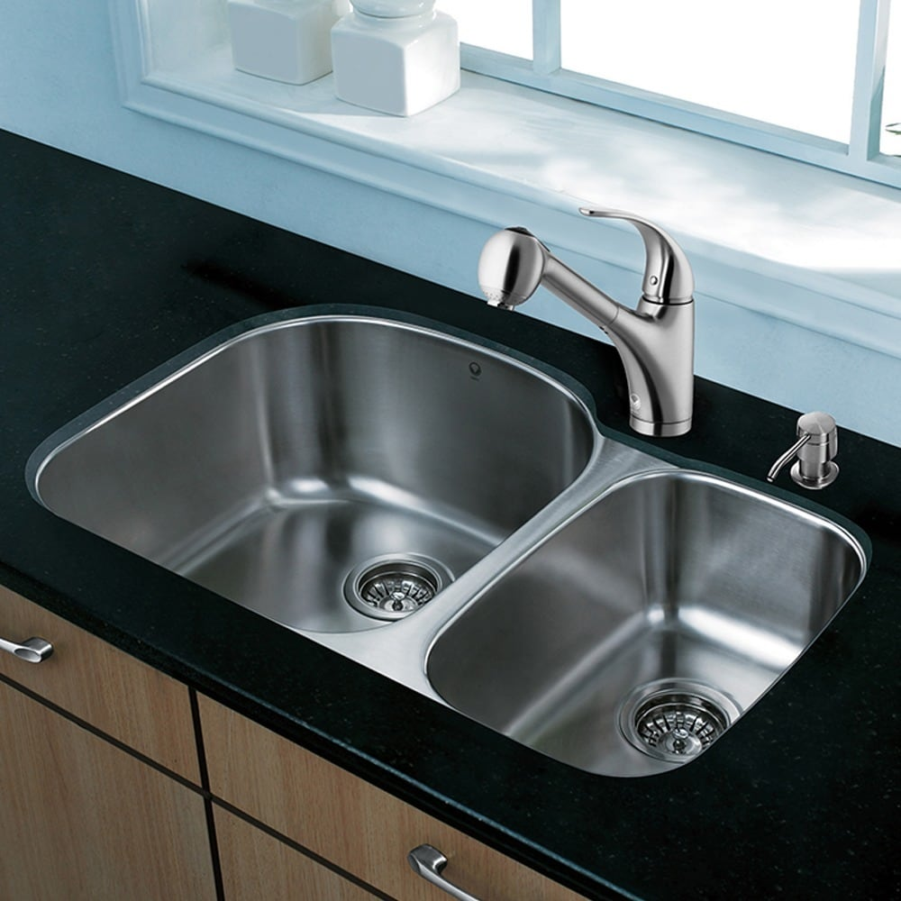 Vigo  All-in-One 31-inch Stainless Steel Undermount Kitchen Sink and Alexander Stainless Steel Faucet Set