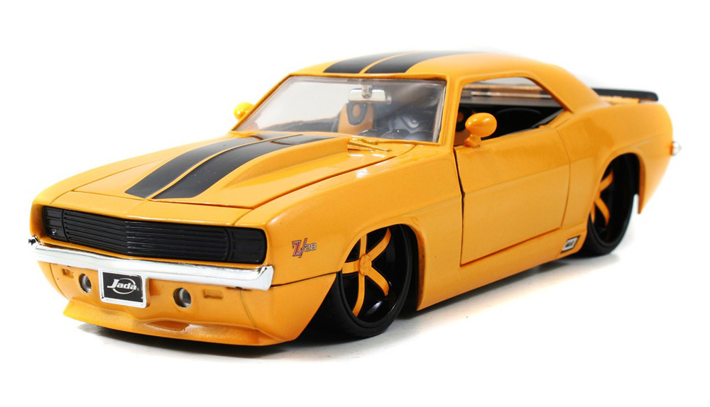 1969 Chevy Camaro, Yellow Jada Toys Bigtime Muscle 90346 1 24 scale Diecast Model Toy Car by Jada