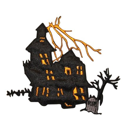 ID 0862 Haunted House Patch Halloween Scary Scene Embroidered Iron On Applique - Is Great America Halloween Haunt Scary