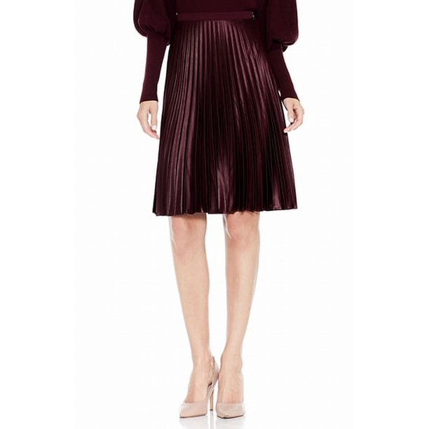 Vince Camuto NEW Burgundy Red Womens Size 2P Petite Pleated Skirt