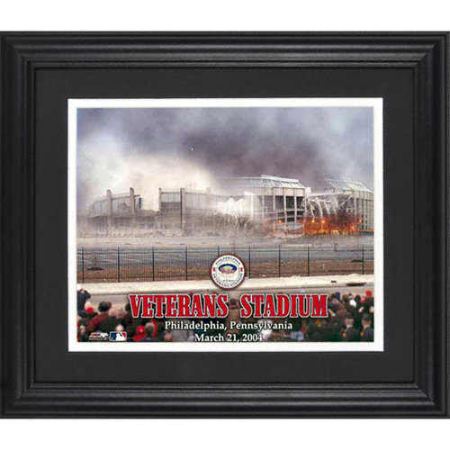NFL - Philadelphia Eagles Veterans Stadium Framed Unsigned 8x10 Photograph