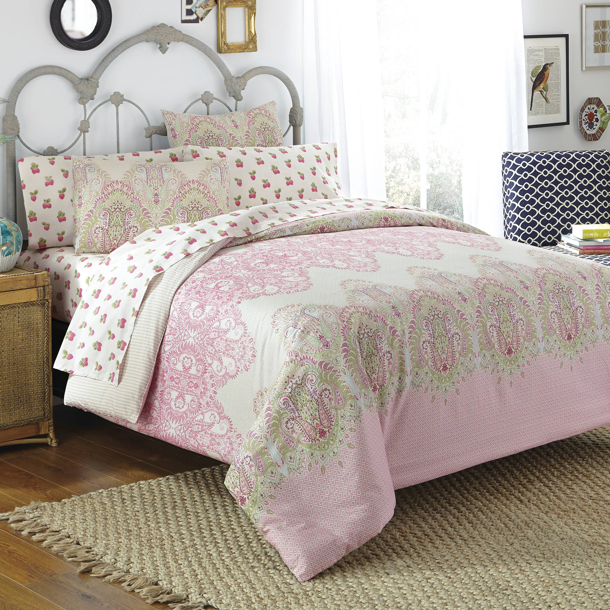 Free Spirit Victoria Bed in a Bag Bedding Comforter Set