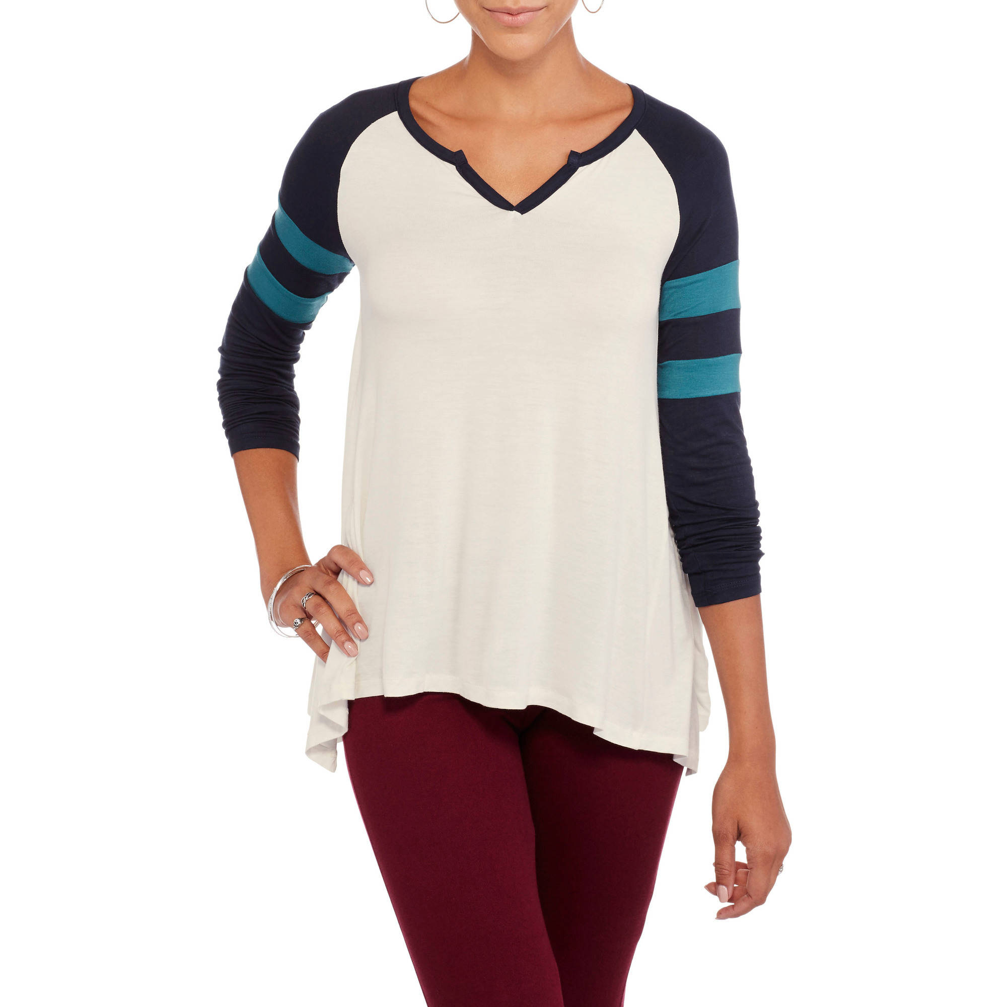 Juniors' Long Sleeve Notch Colorblock Tee