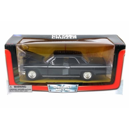1962 Chevy Impala SS, Black - New Ray SS-71843BK - 1/24 Scale Diecast Model Toy Car ()