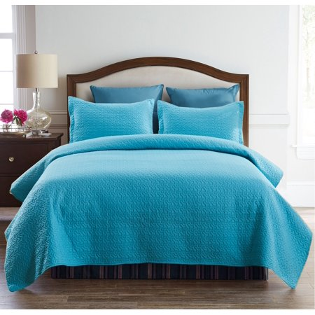 - 3 Piece Embossed Quilt Set - Soft & Lightweight Full/Queen