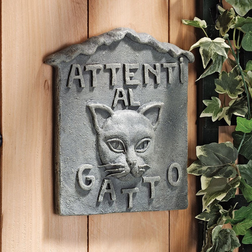 Design Toscano Beware of Cat Italian ''Attenti al Gatto'' Garden Sign