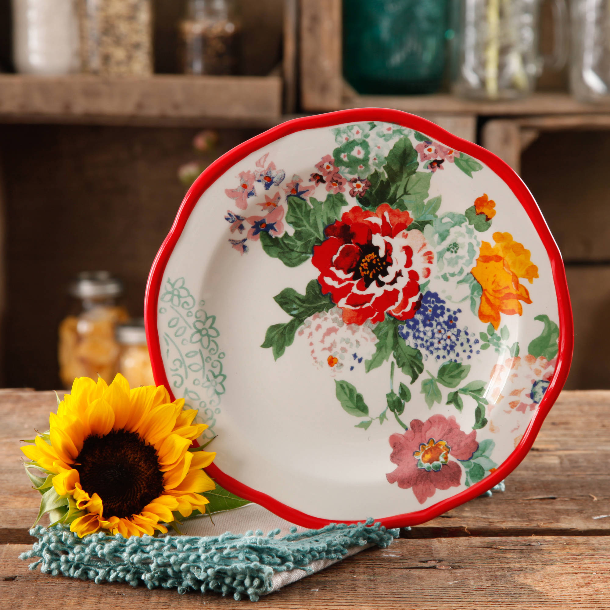 The Pioneer Woman Country Garden 8.5  Decorated Salad Plates, Set of 4
