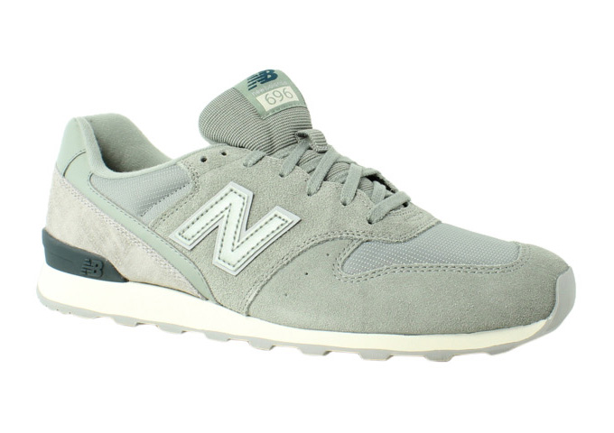 New Balance Womens 696 Gray Walking, Hiking, Trail Shoes Size 12 New by New Balance