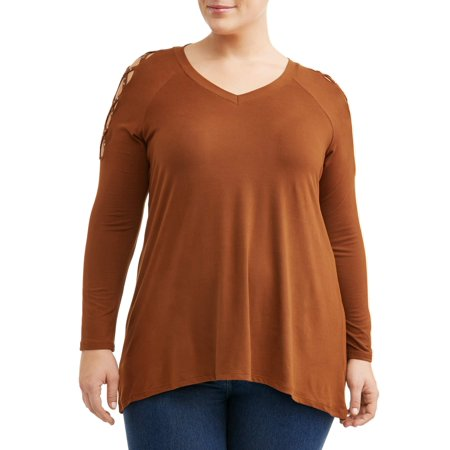 Pearl V-neck - Women's Plus Size Hi-Low Pearl Sleeve V-Neck Top