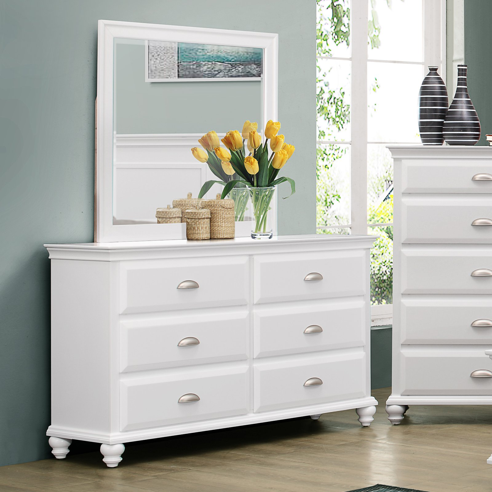 Simmons Cape Cod 6 Drawer Dresser