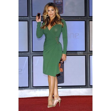 Halloween Events In New York (Beyonce Knowles At In-Store Appearance For Launch Event For Beyonce Special Edition BPhone By Samsung Samsung Experie Nce Store At The Time Warner Center New York Ny October 11 2007)