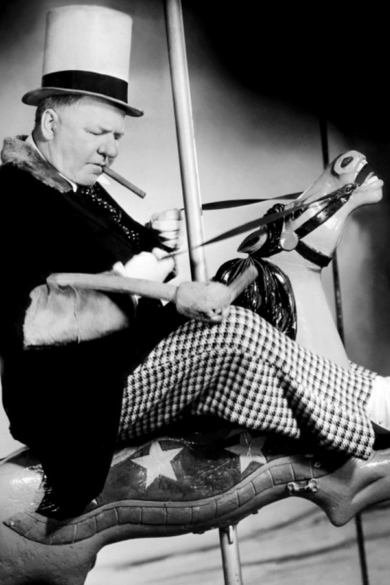W.C FIELDS 24X36 POSTER POOL CUE GREAT POSE