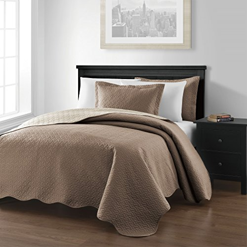 "Chezmoi Collection Mesa 3-piece Oversized (118""x106"") Reversible Bedspread Coverlet Set King, Taupe/Ivory"