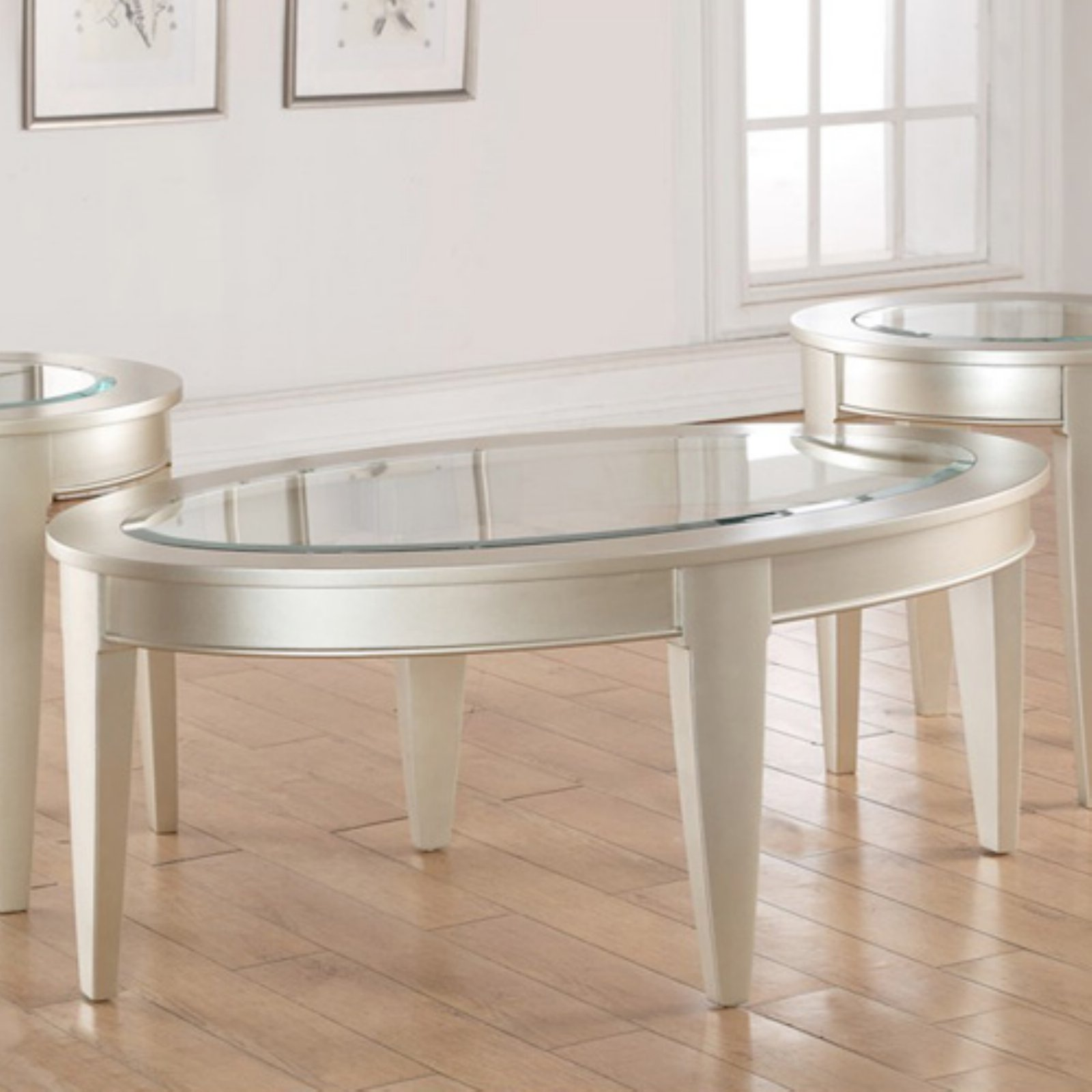 United Furniture 47.75 in. Oval Cocktail Table Platinum by United Furniture Industries