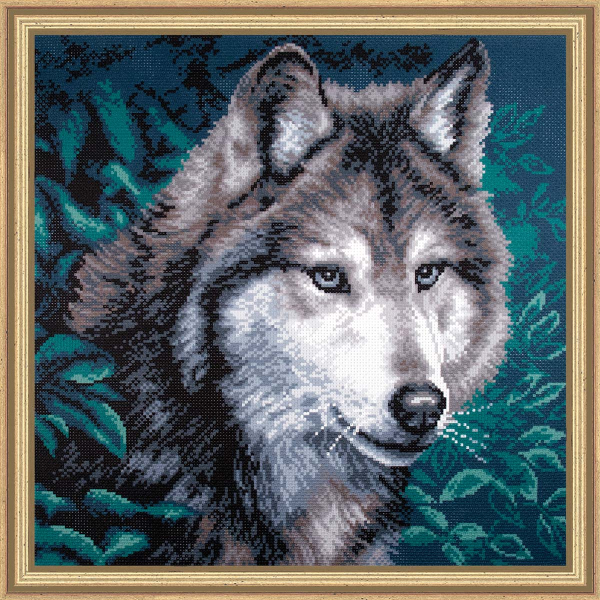 Collection D'Art Gray Wolf Stamped Cross-Stitch Kit