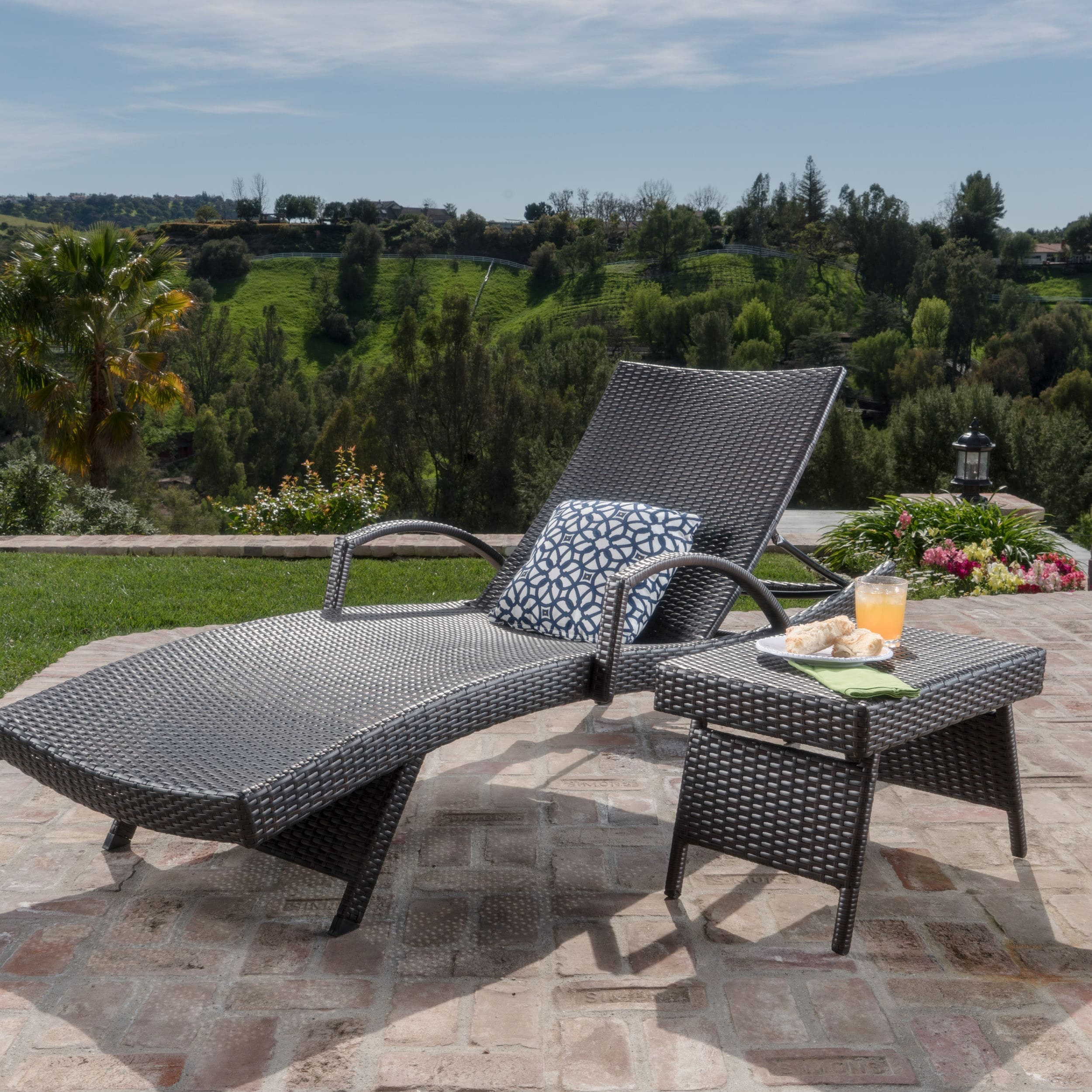 Christopher Knight Home Toscana Outdoor 2-piece Wicker Armed Chaise Lounge Set by