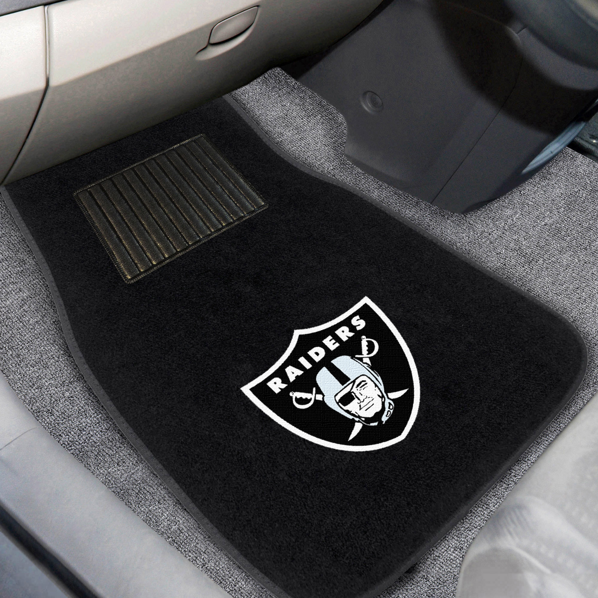 Oakland Raiders 2-Piece Embroidered Car Mat Set - No Size