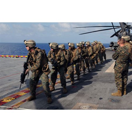 Canvas Print U.S. Marines with Fox Company, 2nd Battalion, 9th Marine Regiment, deployed aboard the multipurpose Stretched Canvas 10 x - 9th Marine Regiment