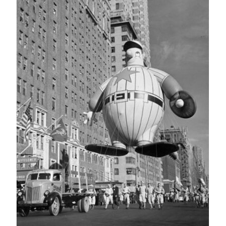 USA New York State New York City Macys Thanksgiving Day Parade holding baseball player balloon 1946 Canvas Art -  (18 x 24) - New York City Halloween Parade