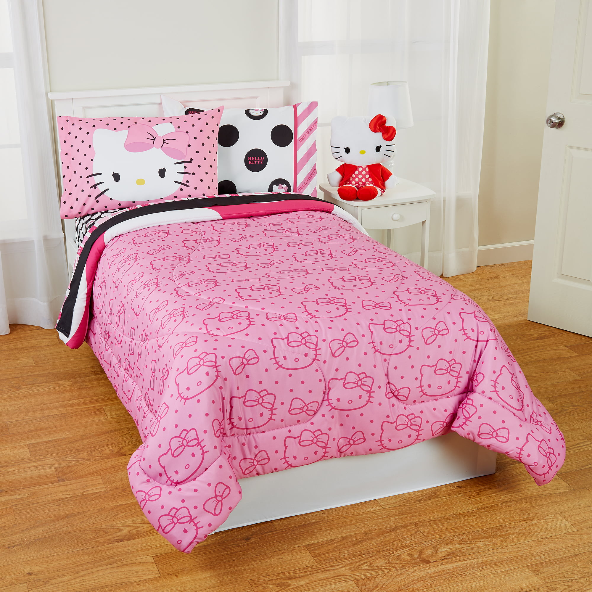 Pink hello kitty bedsheet - Hello Kitty Dots Beautiful Twin Full Reversible Bedding Comforter Walmart Com