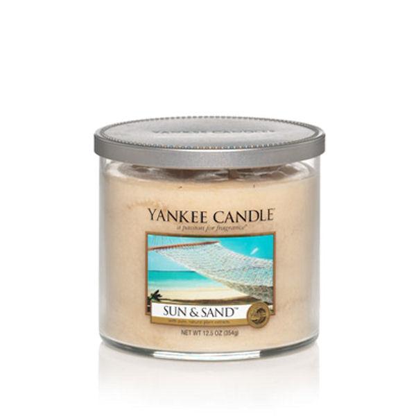 Yankee Candle Medium 2-Wick Tumbler Candle, Sun & Sand