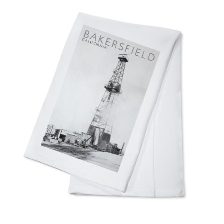 Bakersfield, California - View of a Oil Drill and Well - Antique Photograph (100% Cotton Kitchen Towel)