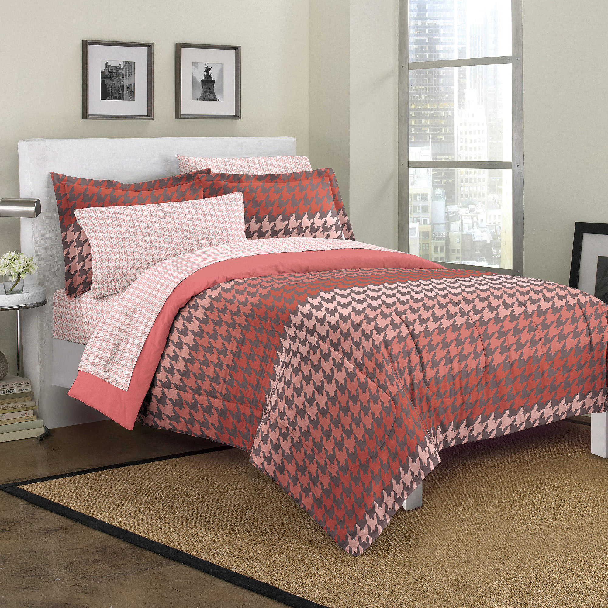 Loft Style Houndstooth Mini Bed In A Bag Bedding Set