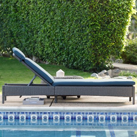Coral Coast Berea All Weather Wicker Chaise Lounge - Gray (Gray Chaise Lounge)