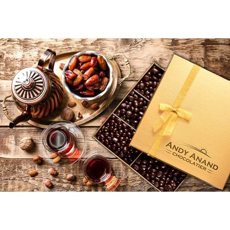 Andy Anand's Dark Chocolate covered Dates 1 lbs, Organic Simply Delicious- for Birthday, Valentine Day, Gourmet Christmas Holiday Food Gifts, Thanksgiving, Halloween, Mother day, Fathers Day, Get Well - Gourmet Halloween Caramel Apples