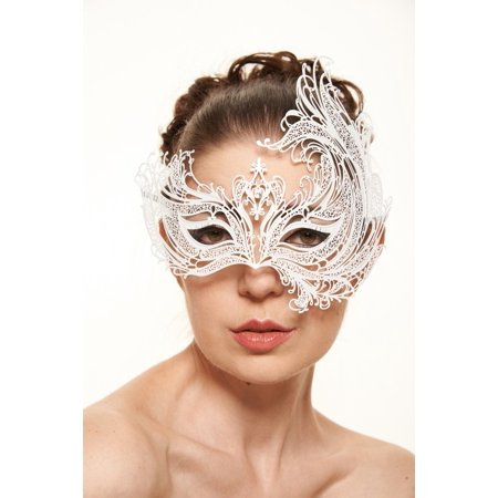 KAYSO INC BF003WH MAJESTIC SWAN METALLIC LASER CUT MASQUERADE MASK (WHITE WITH CLEAR RHINESTONES)
