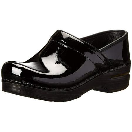 Dansko Womens Professional Clog Closed Toe Clogs ()