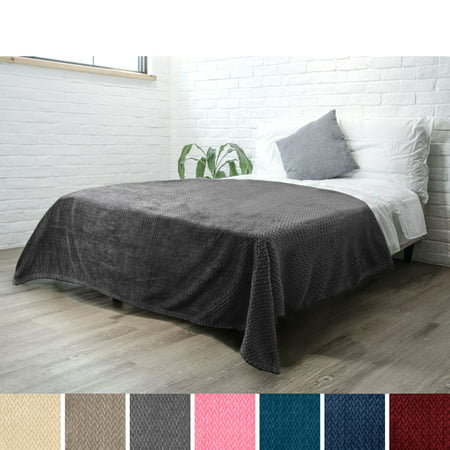 Luxury Soft Plush Grey Blanket for Twin Bed, Sofa, Couch | Super Soft Velvet Charcoal Gray Fleece Chevron Pattern | Cozy, Warm, Fuzzy Lightweight Microfiber | All Season | 60 x 80 Inches